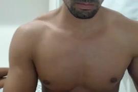 Porno entre les grand pere et les animeaux