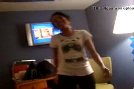 Xxx video des femme qui couche avec les petit gar�on