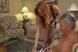Paco fait entre sa peni dans le vagin de violtta en xxx porno
