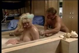 Pornographie devierger le fille par le garçon