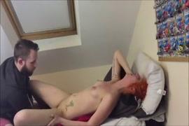 Porno le matin femme excitée et excitante.